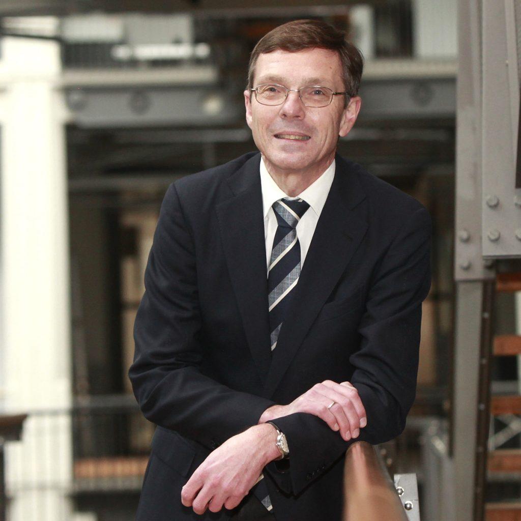 Dr. Ralf Wiebe